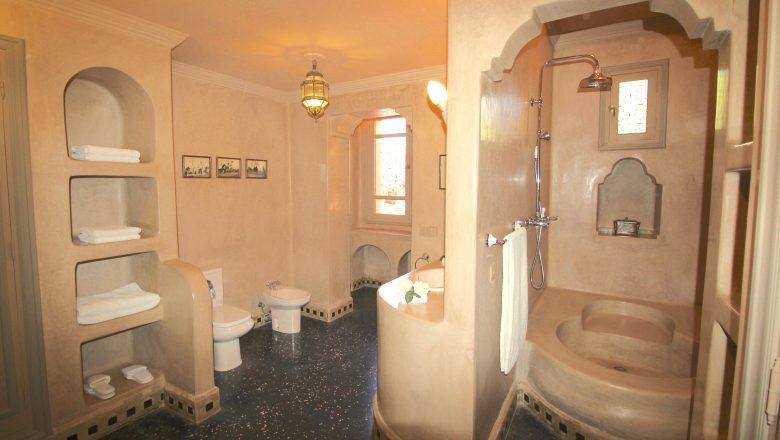 Salle de bain chambre 5