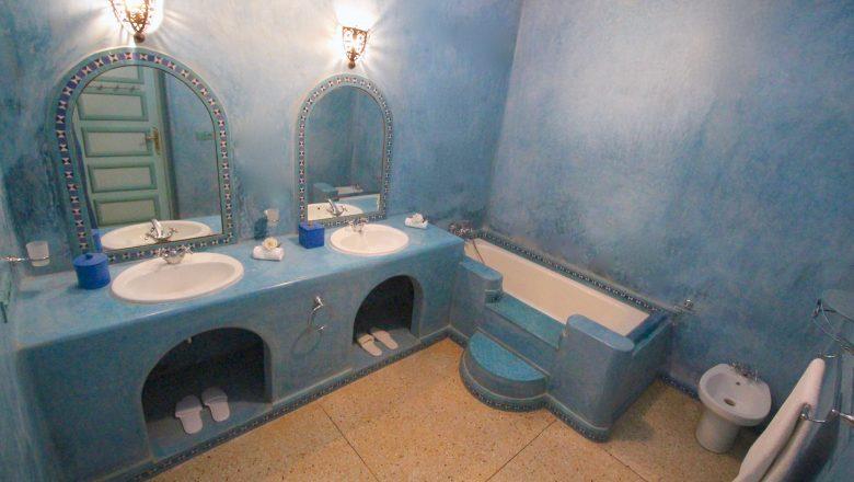 Salle de bain chambre 9